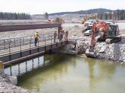 Water flow control structure at outlet to Polley Lake Apr 2015